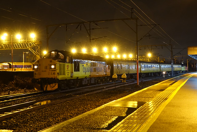 37099/219 Stand at stockport with a test train from crewe to derby rtc.