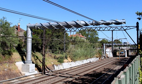 Overhead wire near Armadale station