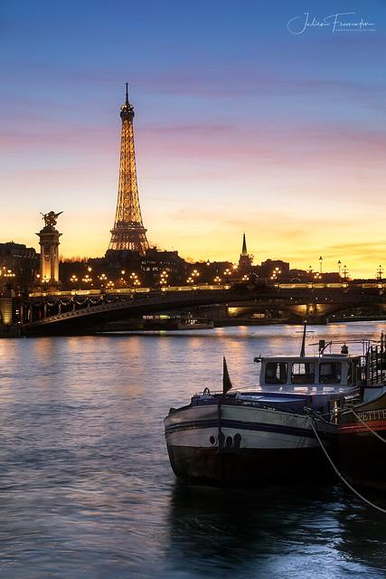 Tour Eiffel, Pont Alexandre III & Péniches, Paris