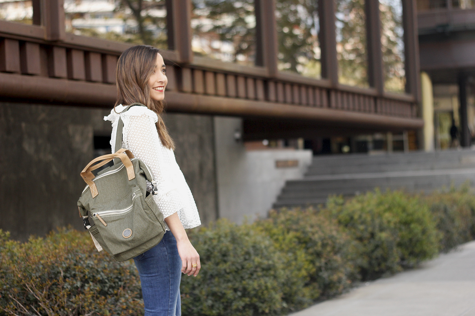 kipling backpack transformation collection khaki white lace blouse casual street style casual outfit 201912