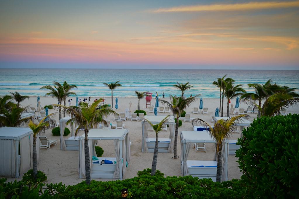 Sunset Colors On The Beach At Live Aqua Resort Cancun Me