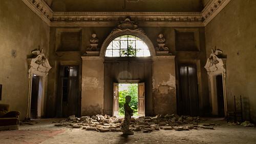 Splendid Glamour   by Broken Window Theory