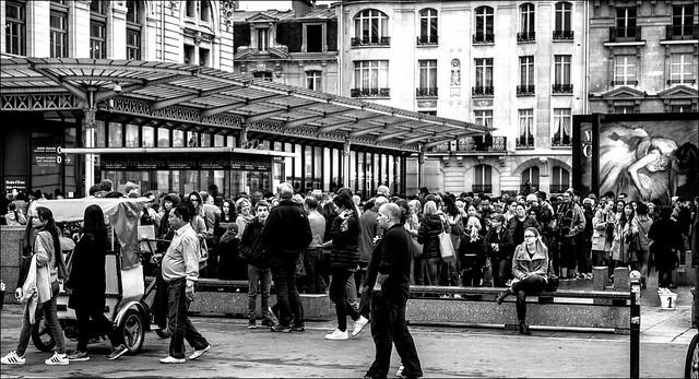 La foule pour Degas...  / Crowd for Degas...