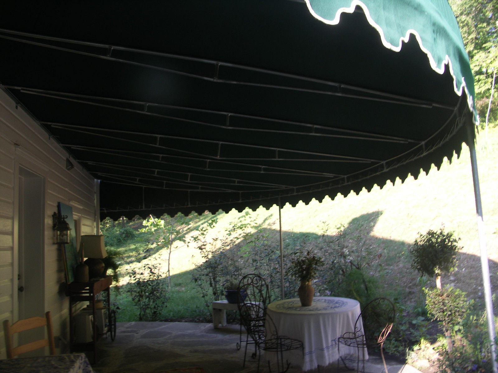 contoured-patio-awning-baltimore_14715187057_o