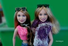 Thotiana  . . . #marykateolsen #ashleyolsen #marykateandashley #theolsentwins #early2000s #early2000sfashion #celebritydolls #dollphotography #doll #dolls #toy #toyphotography #dollstagram #dollinstagram #toystagram #toyinstagram #barbie #matteldoll #blon