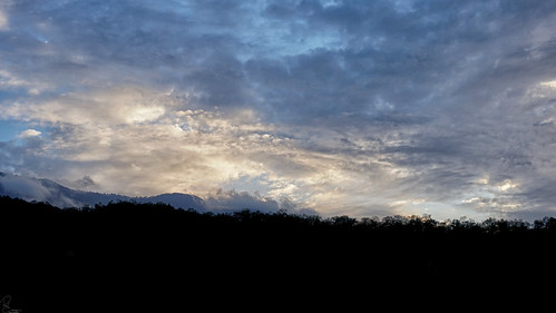 nature view landscape mounatin jungle down sun sky cloud light night shot iran travel tourism