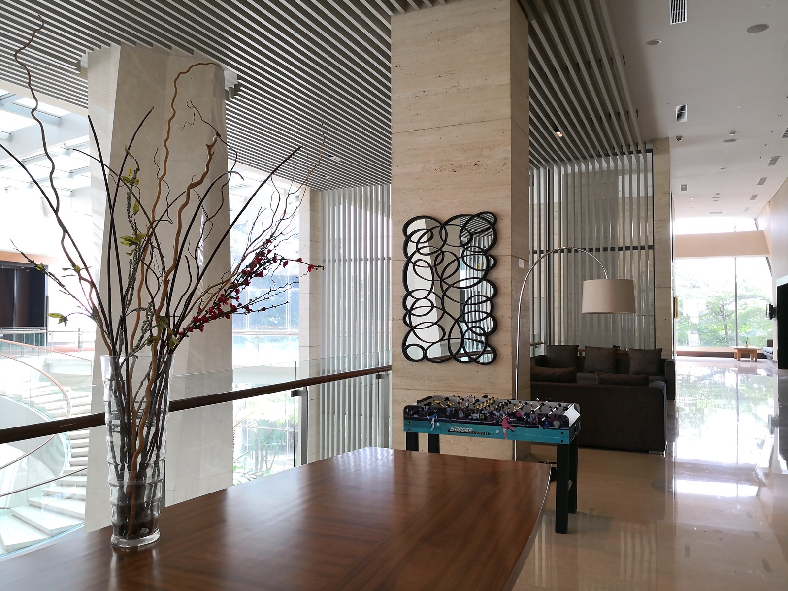 Mezzanine floor lounge