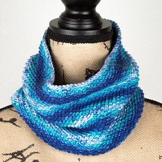 Seed stitch cowl | by Winterbound
