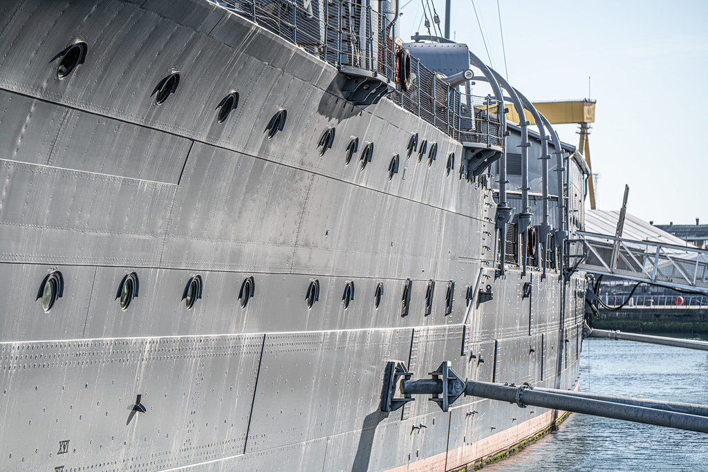 THE HMS CAROLINE ENTERED SERVICE IN 1914 AND NOW IT IS A FLOATING MUSEUM IN BELFAST 003