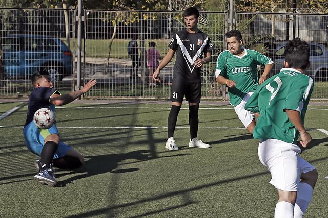 ¡Futbolito en disputa!