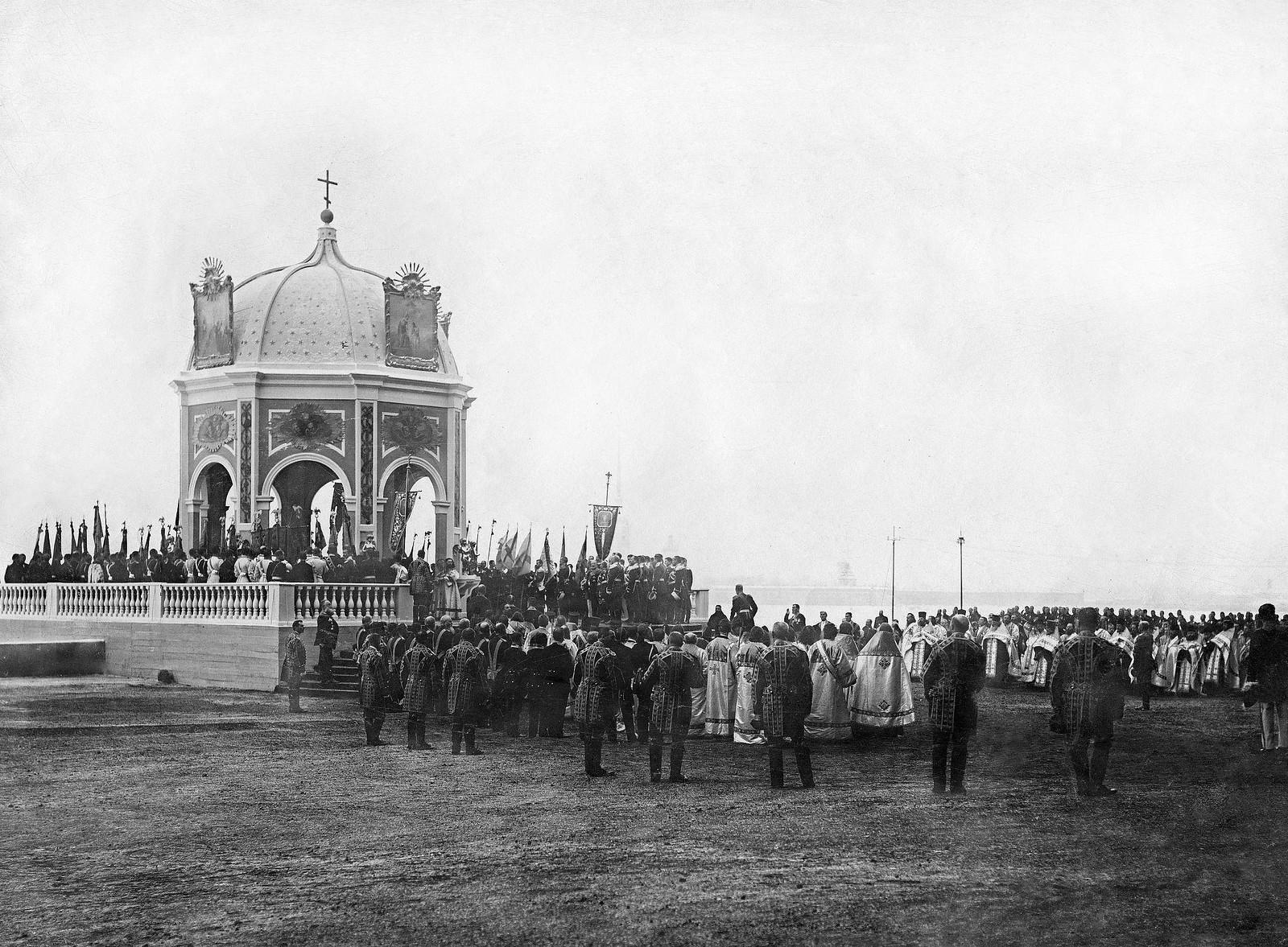1904. Водосвятие у Зимнего дворца