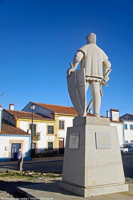 Monumento ao Santo Condestável - Flor da Rosa - Portugal 🇵🇹