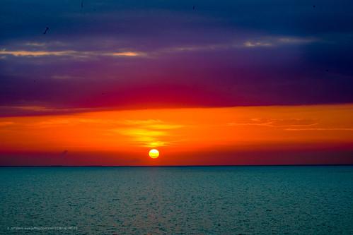 sonya7iii sonya7 sonyalpha sunrise sunriseandsunsets turksandcaicos clouds horizon longbay providenciales