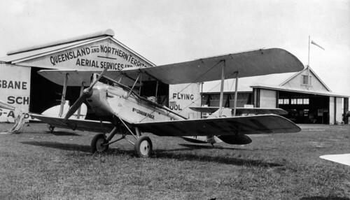 queensland statelibraryofqueensland qantas aviation airlines aircraft airplanes de havilland dh dehavillanddh60g gypsymoth vhujn