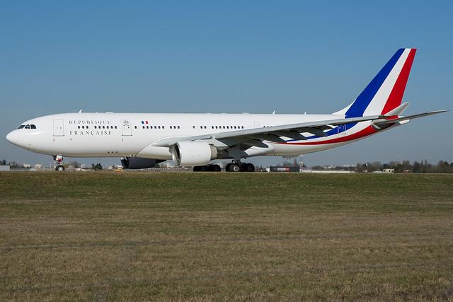 Armée de l'Air (French Air Force) / A332 / F-RARF / LFPO 06