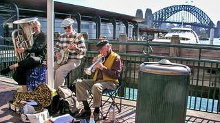 Circular Quay  Musiker in Sydney   by Sanseira