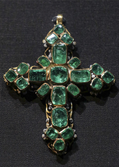 Pendant cross, Western Europe, 1650-1700
