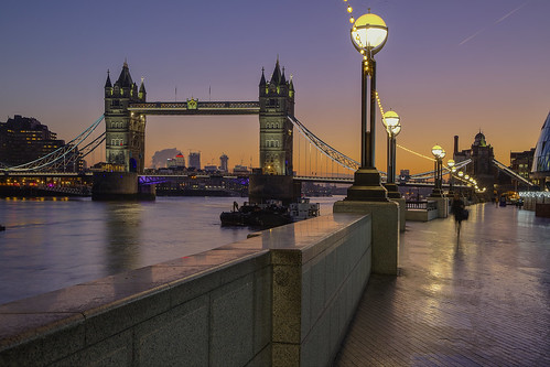 towerbridge london uk andreapucci sunrise canarywharf cityhall