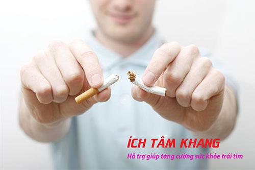 Bỏ thuốc lá càng sớm càng tốt – là hành động cần thiết với người bệnh mạch vành