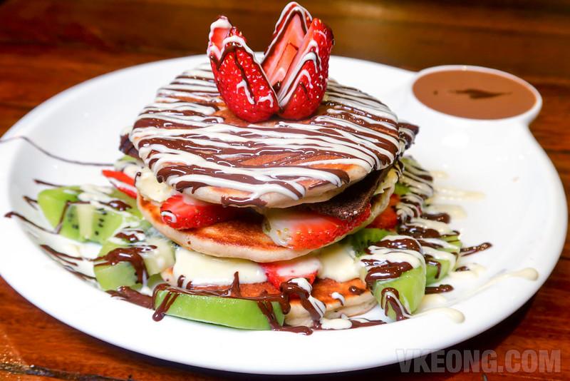 Sinful-Seafood-&-Desserts-Pancake-Burger