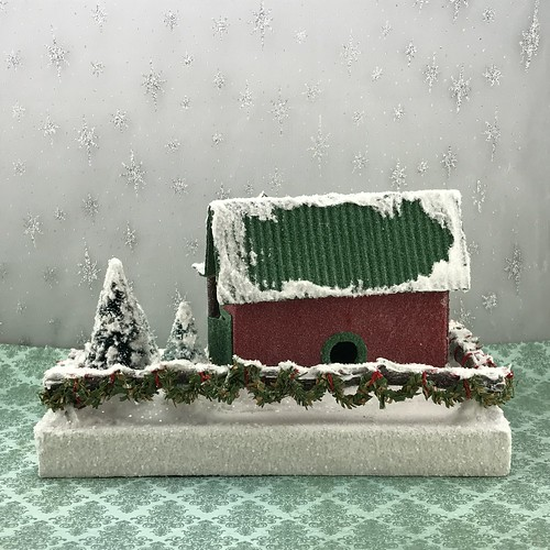 Holly Days Christmas Tree Lot