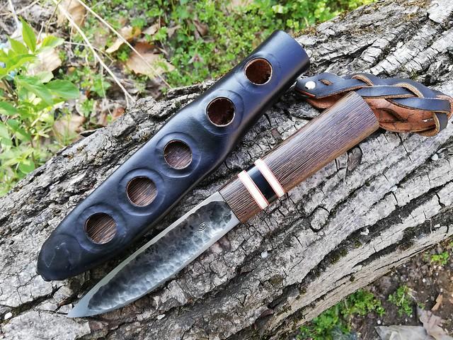 128. Yakut knife