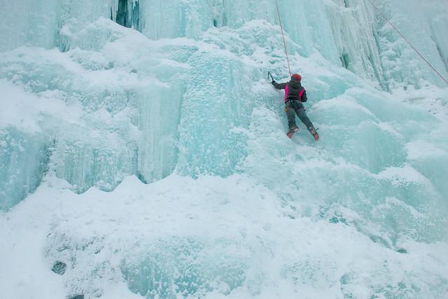 Finland-korouoma-ice-climbing-8