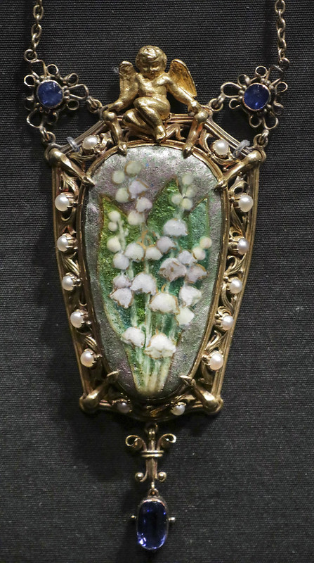 Pendant and chain, England, London, about 1900, probably designed and made by Nelson Dawson