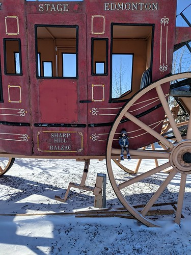 stage coach robbery   by onebluestocking