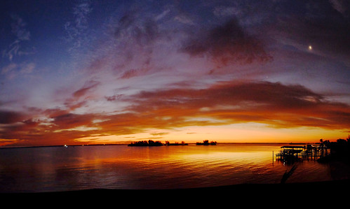 sunrise lagoon fujixt1 panorama ptguipro arloguthrie indianriver roselandfl crabhouse dawn