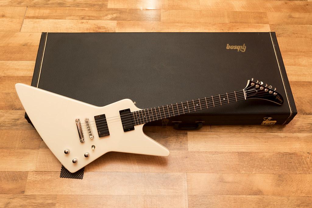 Gibson Explorer '84 not reissue
