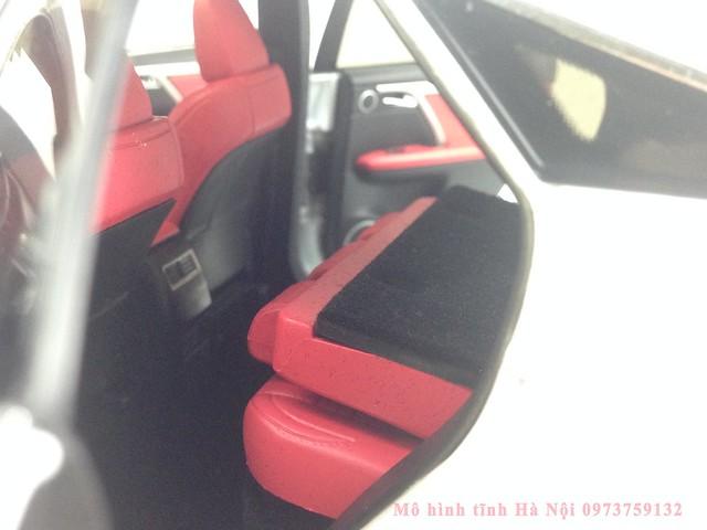 1 18 mo hinh tinh Paudi Dealer Lexus RX200T qua tang sang trong y nghia dan ong ha noi viet nam diecast 118 (23)