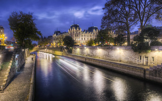State Police on the Seine | by Decaseconds