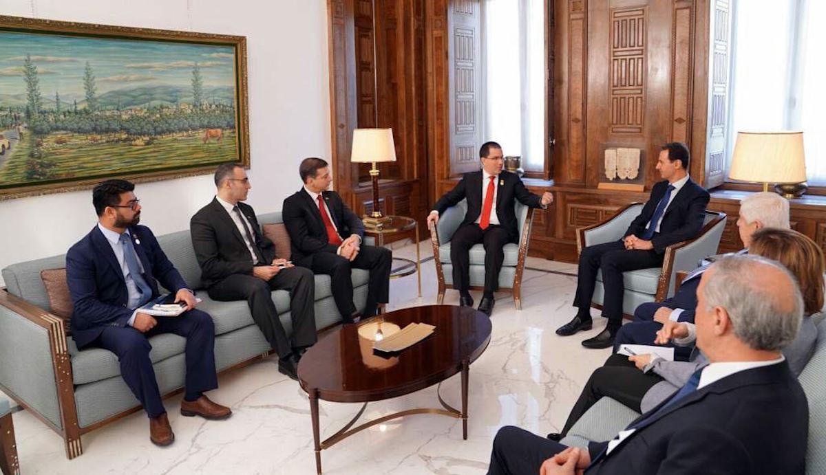 Canciller Arreaza se reúne con el presidente de Siria Bashar Al-Assad