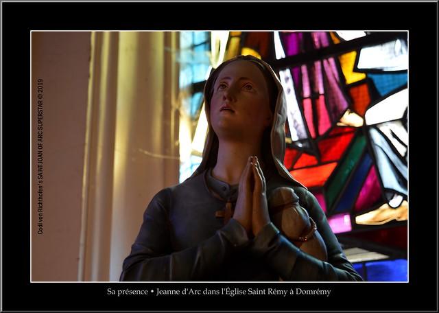 Sa Présence / Her Presence - Jeanne d'Arc dans l'Église Saint Rémy à Domrémy