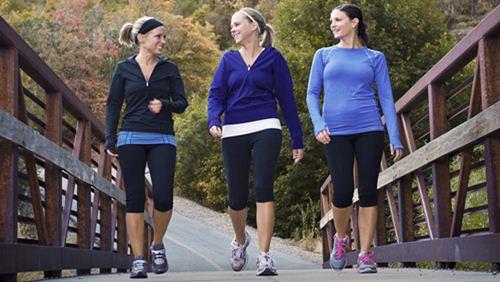6 Kesalahan Ketika Berjalan Kaki yang Kerap Disepelekan