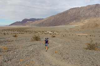 1395 The final hike back to the car from Sidewinder Canyon in Death Valley | by _JFR_
