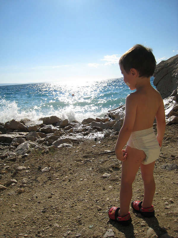 Little man and the sea