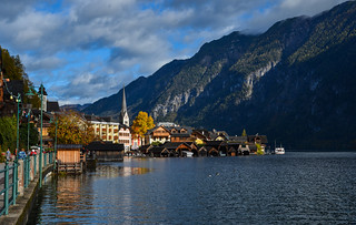 Beautiful Hallstatt Village of Austria | by phuong.sg@gmail.com