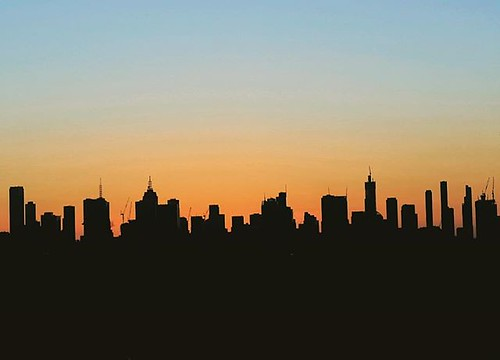 Twilight #silhouette of Melbourne city skyline from a recent trip to Victoria. Would have been nice to get some cool textured clouds, but I'll take a good twilight transition to make the most of the available light/color #minimalism #unlimitedminimal #rsa | by Luke KC