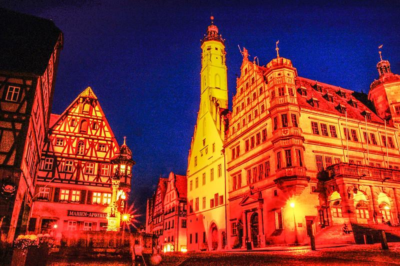 市政廳(Town Hall)夜景