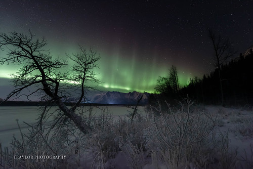 alaska night northernlights knikriver butte stars palmer auroraborealis oldglennhighway unitedstatesofamerica us