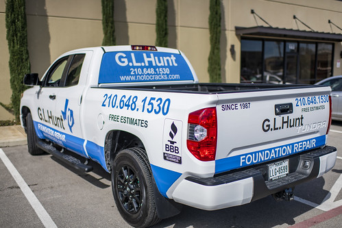 GL Hunt-vehicle-1 | by Signs of San Antonio