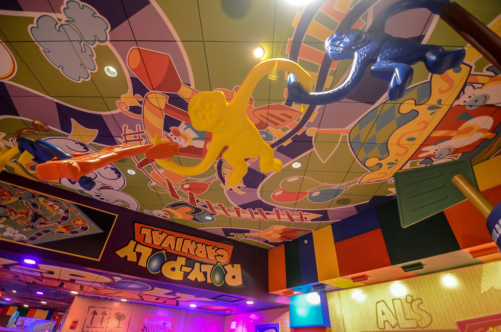 Toy Story Mania queue monkeys DHS