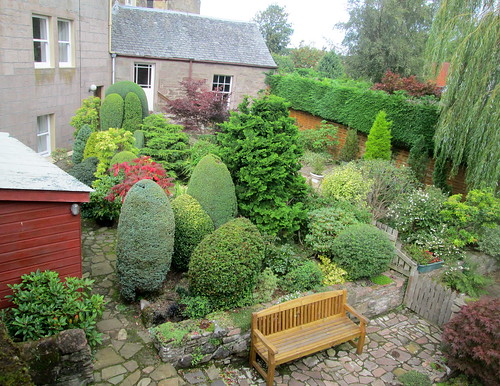 Dunning garden, Perth and Kinross | by piningforthewest