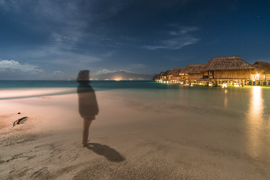 A Ghost On The Sofitel S Beach Moorea Island Au Bord