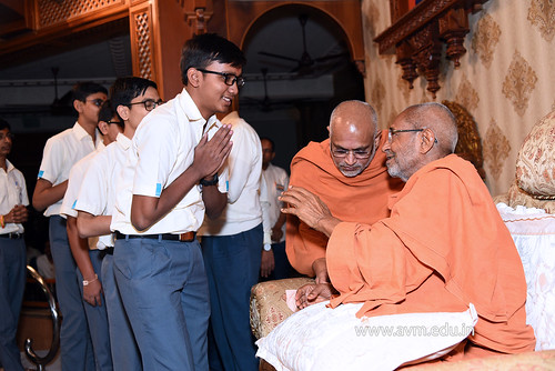 Std-10-11-12-visit-to-Haridham-for-Swamishree's-Blessings-(64) | by Atmiya Vidya Mandir