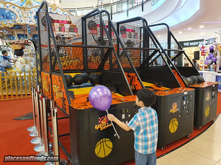 the mines school holiday carnival basketball | by placesandfoods.com