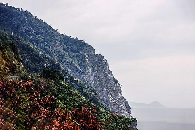 觀音斷崖(From 台9線150K) 2