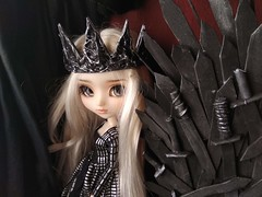 Daenerys and the Iron Throne